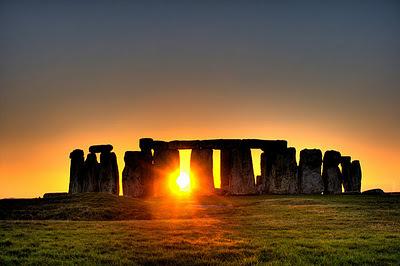 Midsummer-stonehenge_02